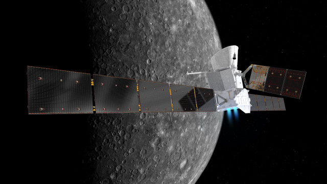 Artist impression of BepiColombo in front of Mercury. Credit: German Aerospace Center (DLR)